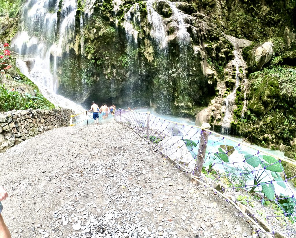 Cave - Grutas Tolantongo